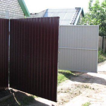 Регулировка и ремонт ворот из профнастила.